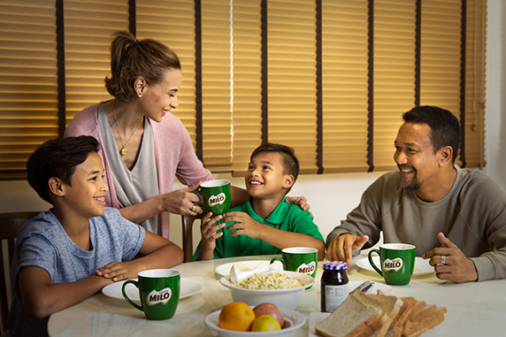 Pay it forward during Ramadan – Team up with MILO® to provide needy families with a nutritious breakfast!